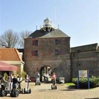 Bedrijfsevent organiseren? Ga naar visserstad Harderwijk. Met de Segway door de oude stad, gerookte paling of andere vis eten, optie: botter varen op het Wolderwijd